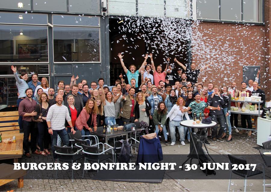 Burgers-N-Bonfire-Night-Groepsfoto-.jpg